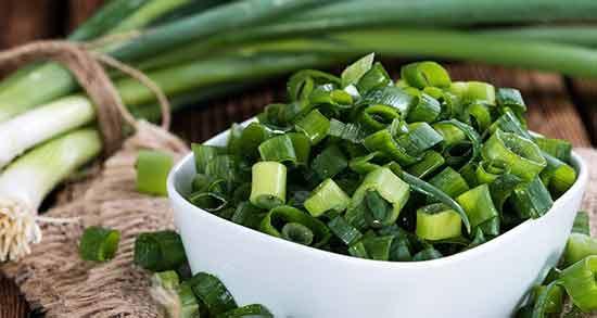 پیازچه برای چربی خون ؛ پایین آوردن چربی خورن با خوردن سبزی پیازچه