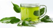 چای سبز و نعناع ؛ خاصیت خنک کنندگی نعناع در چای سبز برای تسکین معده درد