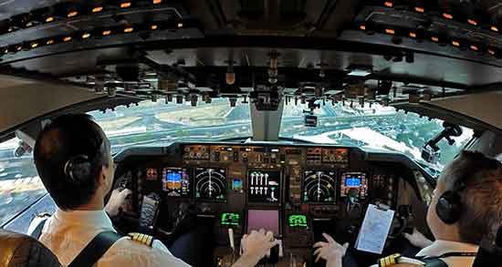 تعبیر خواب کابین خلبان ، معنی دیدن کابین خلبان در خواب های ما چیست