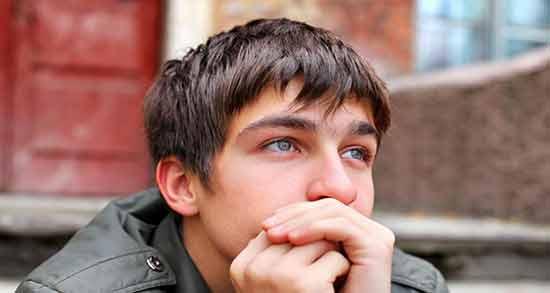اضطراب در نوجوانان ؛ درمان و علت استرس و نشانه های اضطراب در نوجوانان چیست