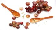 خواص انگور قرمز برای دیابت ؛ خاصیت خوردن انگور قرمز برای کنترل قند خون