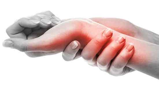 درد دست ؛ درمان خانگی درد آرنج و دست راست و علت درد استخوان انگشتان دست