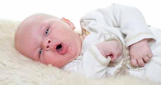 سرفه شدید نوزاد ؛ علت سرفه شدید نوزاد چهار ماهه در خواب و 2 ماهه و 5 ماهه