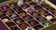 خواص شکلات تلخ در لاغری ؛ کاربرد نوشیدنی شکلات تلخ برای کاهش وزن
