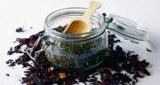 خواص چای ترش و سبز ؛ بررسی خواص و فواید چای ترش با چای سبز