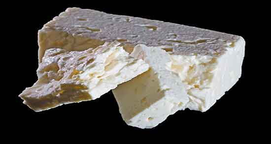 پنیر و گردو ؛ پنیر و گردو برای سرماخوردگی ؛ مضرات خوردن گردو و پنیر به تنهایی