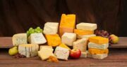 پنیر و هندوانه ؛ کالری نان و پنیر و هندوانه چقدر است + طبع پنیر و هندوانه برای بدن