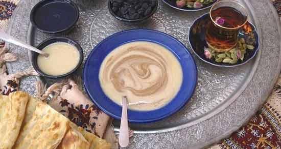 شیره انگور با شیر برای کودک ؛ معجونی مقوی برای کودک با ترکیب شیره انگور و شیر