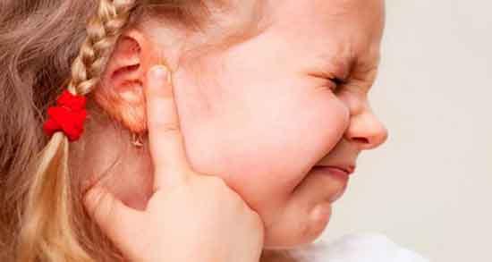 خواص روغن بنفشه برای گوش ؛ بهترین درمان خانگی برای درد گوش با روغن بنفشه