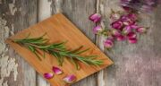 رزماری و گل محمدی ؛ لاغری و کاهش وزن سریع با مصرف رزماری و گل محمدی