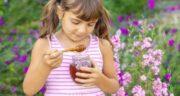 فواید عسل برای کودکان ؛ خواص درمانی و تقویتی عسل برای کودکان