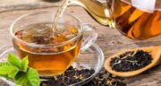 چای نعناع در شیردهی ؛ فواید و مضرات استفاده از چای نعناع برای دوران شیردهی