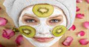 فواید کیوی برای پوست ؛ درمان آکنه و جوش صورت با ماسک کیوی