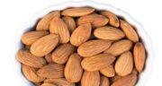 بادام درختی در شیردهی ؛ خواص و مضرات مصرف بادام درختی در دوران شیردهی
