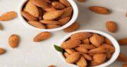 خواص بادام درختی و مویز ؛ خاصیت خوردن بادام درختی و مویز برای تقویت مغز و حافظه