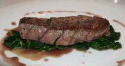 خواص گوشت شترمرغ و نقرس ؛ آیا خوردن گوشت شترمرغ برای بیماری نقرس مفید است؟
