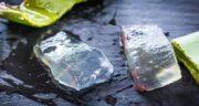خواص یخ آلوورا برای صورت ؛ حفظ سلامت و شادابی پوست صورت با یخ آلوورا