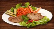 گوشت گاو و برگ چغندر ؛ درمان بیماری پیسی با پختن گوشت گاو و برگ چغندر