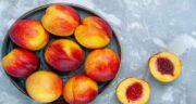 خواص شلیل برای صورت ؛ آبرسانی به پوست صورت با خوردن میوه شلیل