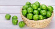 خواص آلوچه سبز ؛ پخته و خشک برای کبد در طب سنتی + فرق آلوچه و گوجه سبز